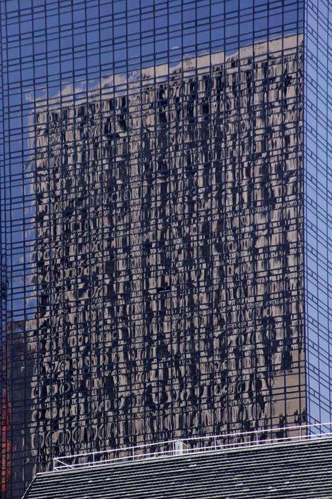 NYCim Spiegel_Isabella S. Minichmair_01wp