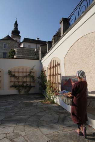 At Castle Weinberg_02_Isabella S. Minichmair